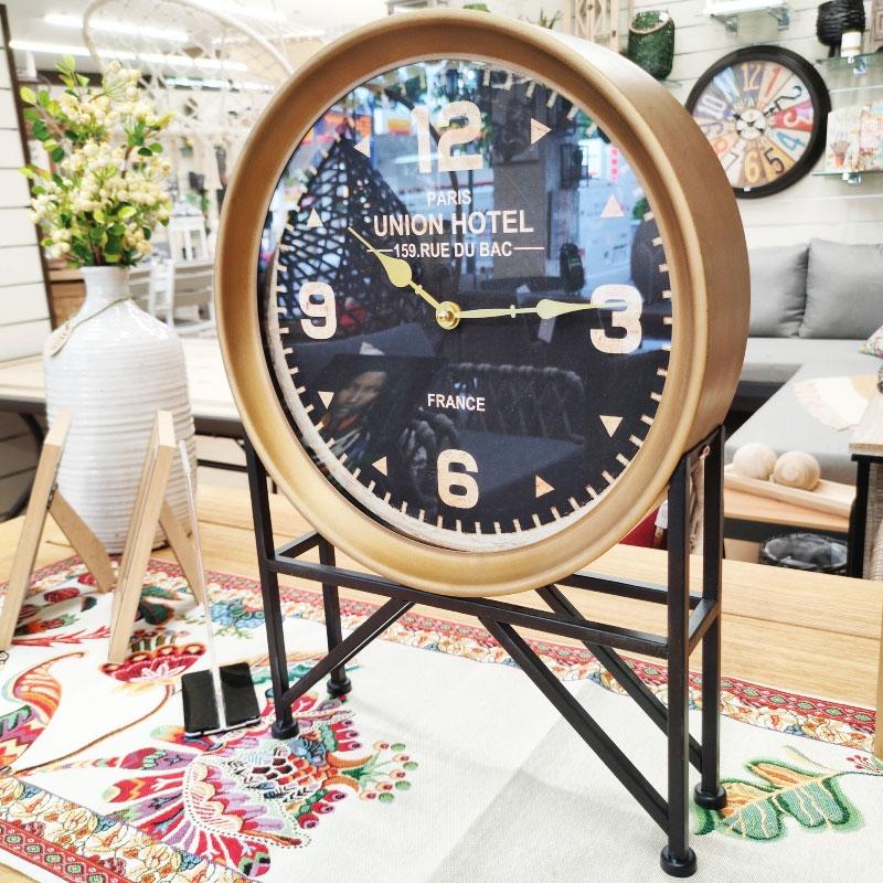 Διακοσμητικό Ρολόι...